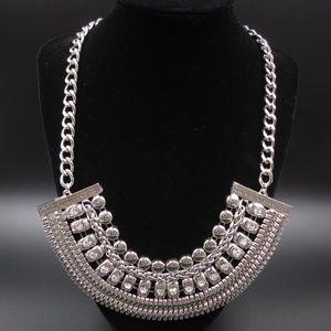 "Vintage 22"" Stylish Silver Tone Crystal Necklace"
